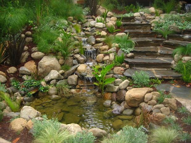 Quelques idées et solutions pour embellir un jardin en pente ...