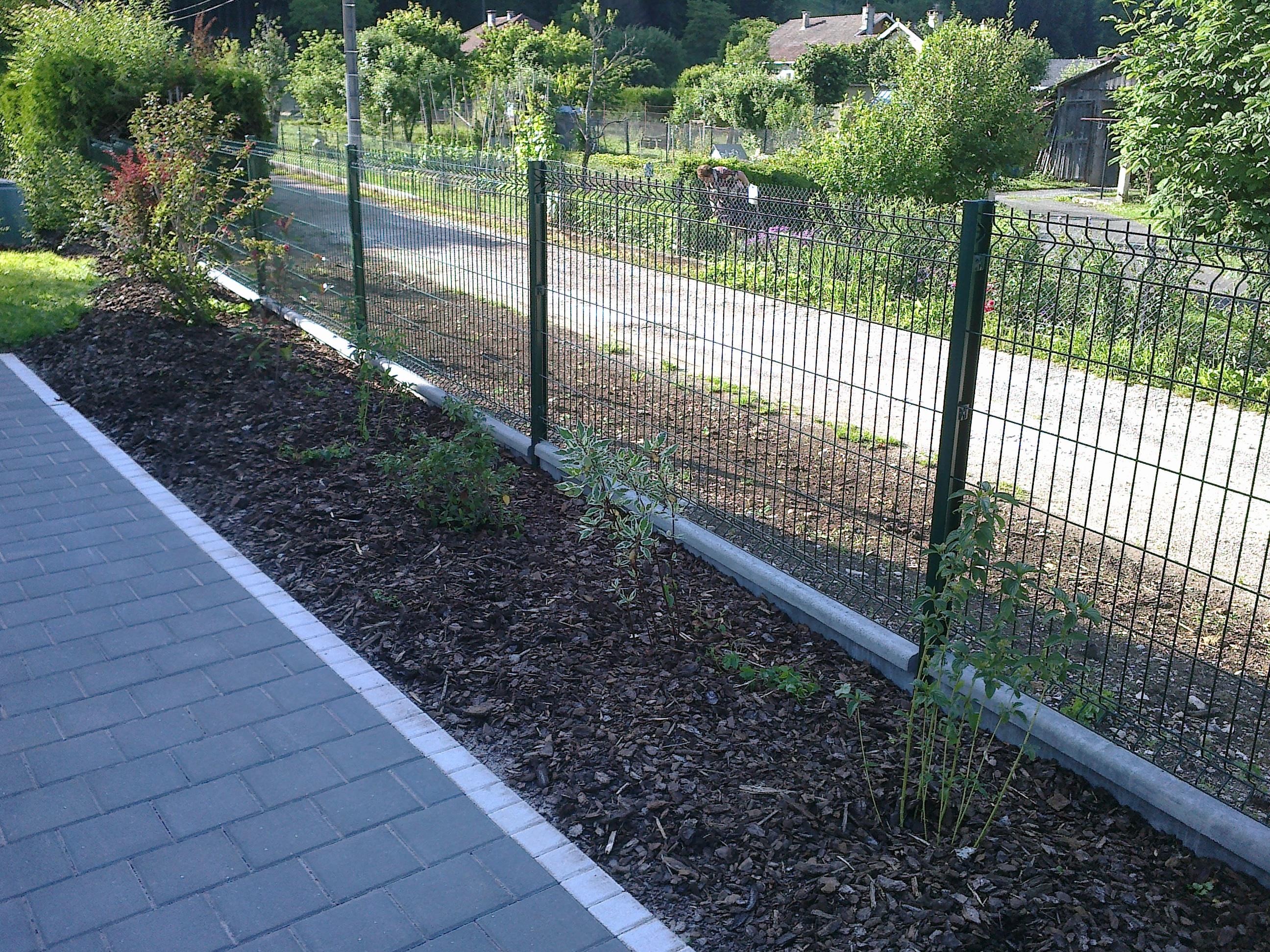 Grillage Jardin Hauteur 2M quelle clôture utiliser pour son jardin ? - loisir jardin